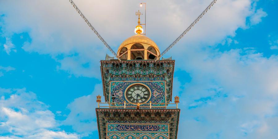 Башня с часами возле харама Имама Али, Наджаф, Ирак