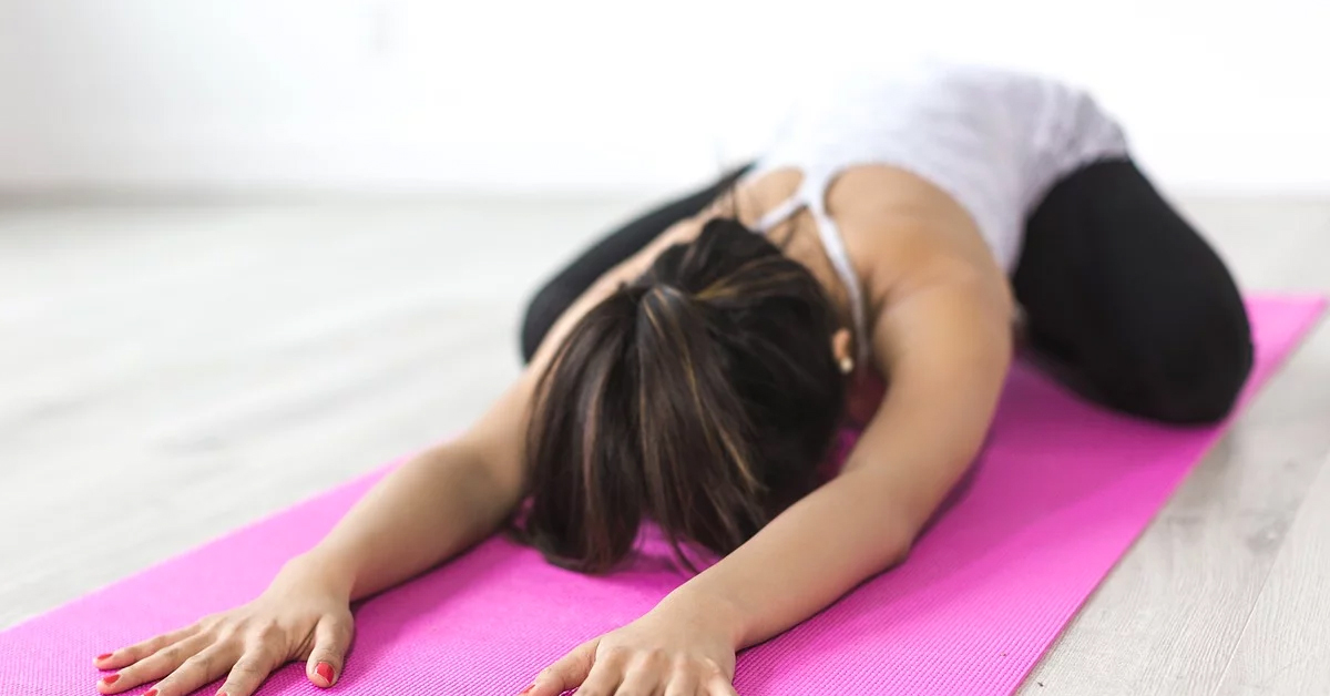 Quédate en Casa Pero con Tu Espalda Flexible Estiramientos para flexibilizar la espalda