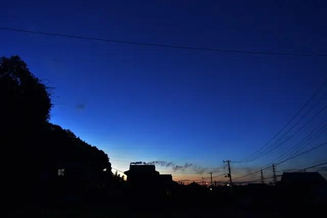 すっかり日が落ちた袖ケ浦市の風景