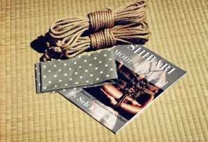 cordes shibari et tenugui japonais