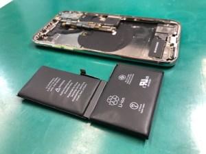 iPhoneXバッテリー膨張
