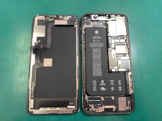 iPhone11Proの内部