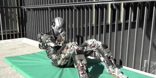 İnsansı robot