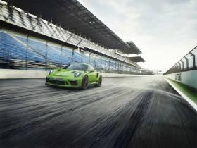 2019 Porsche 911 GT3 RS Cenevre öncesi resmileşti!