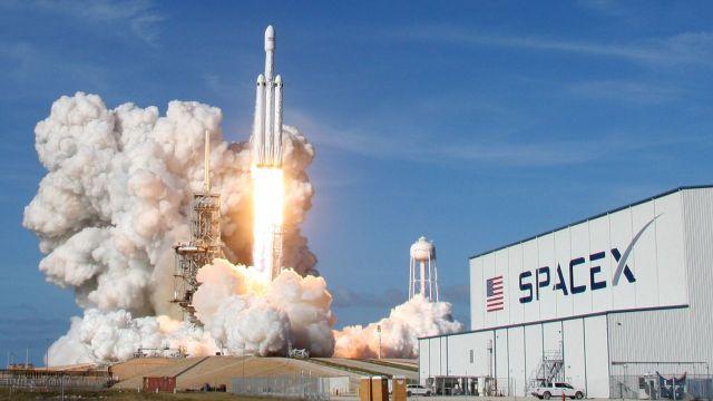SpaceX roketi