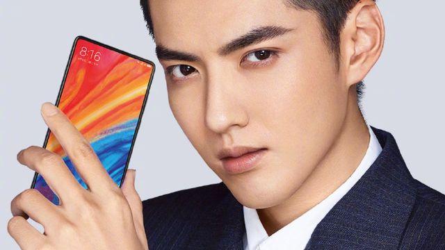 Xiaomi Mi Mix 2s resmi görselleri