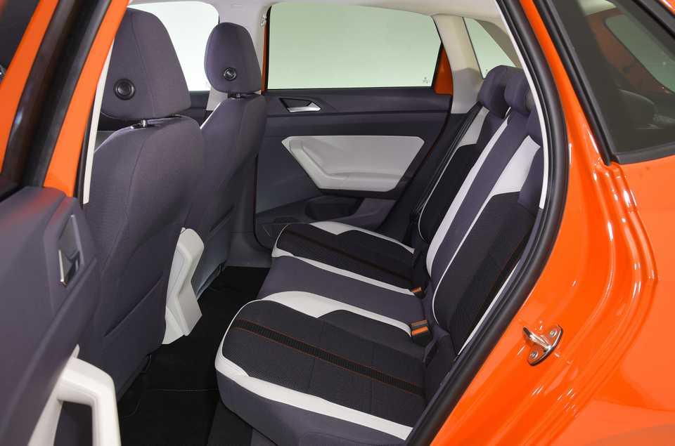 Volkswagen polo arka koltuk kemer