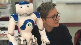 Robot öğretmen Türkiye'de derse girecek!