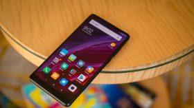 Xiaomi Mi Mix 3 kameralara yakalandı!