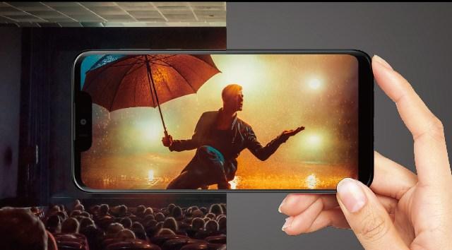 Sharp OLED Ekran