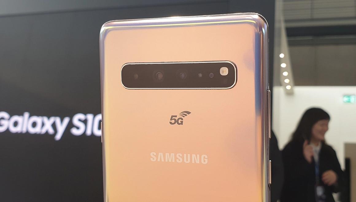 Galaxy S10 5G internet hızı ile dudak uçuklatıyor!