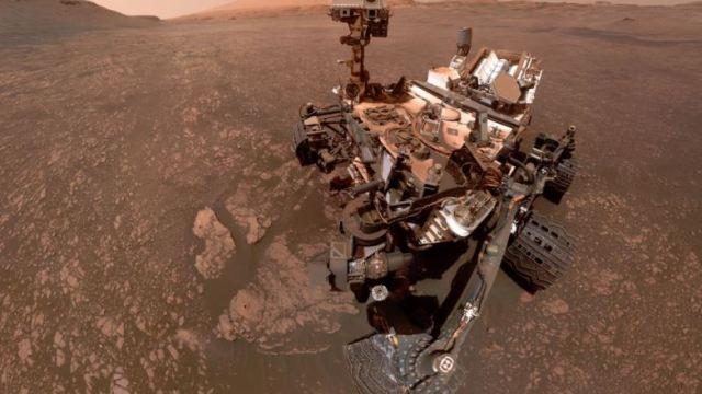 Mars'ta göl kalıntısına rastlandı!