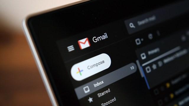 Gmail için karanlık mod yayınlandı