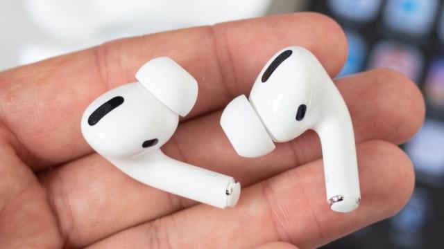 Apple AirPods Pro için güncelleme yayınladı