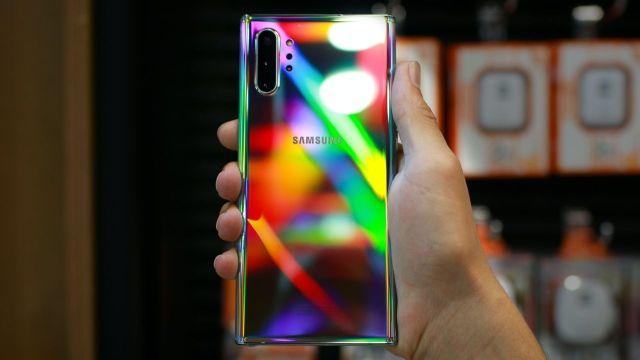 Samsung akilli telefon liderligi-00