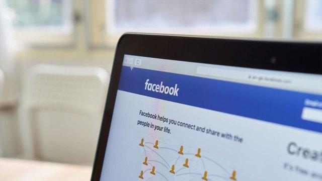 Facebook Holokost'u inkar eden paylaşımları yasaklıyor