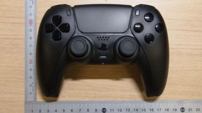 siyah-PlayStation-5-DualSense-kontrolcusu-00