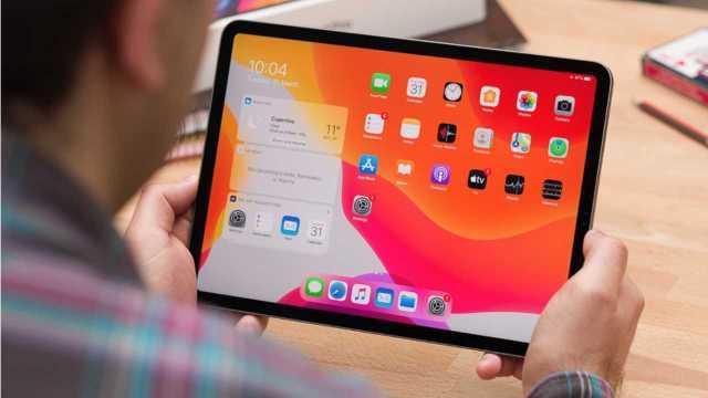 mini-led macbook
