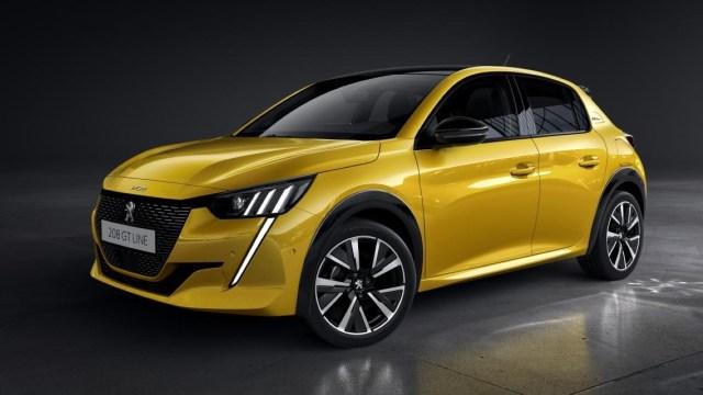2021 Peugeot 208 fiyatları resmen açıklandı