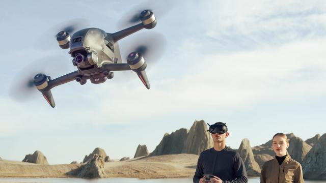 DJI FPV tanıtıldı: 140 km hıza ulaşan yarış drone'u!