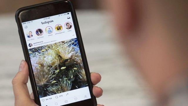 Instagram silinen hikayeler için açıklama yaptı
