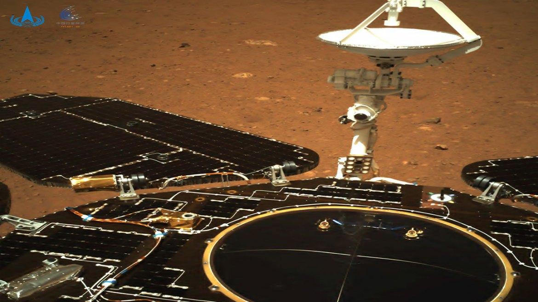 zhurong-uzay-araci-marstan-ilk-fotograflari-gonderdi