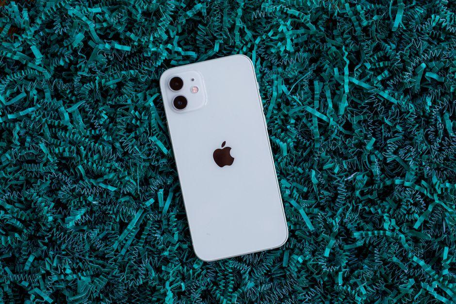 Apple iPhone 12 özellikleri ve fiyatı