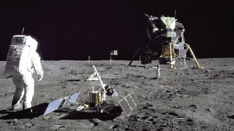 NASA Ay programları.