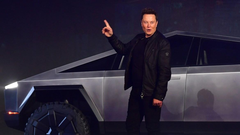 Tesla model araçlar satış rekoru kırdı