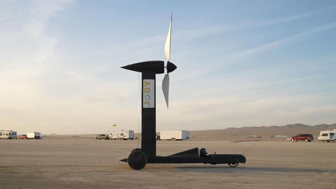 rüzgardan hızlı araba