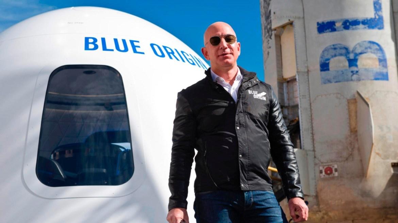 Jeff Bezos Blue Origin mi, Elon Musk SpaceX mi?