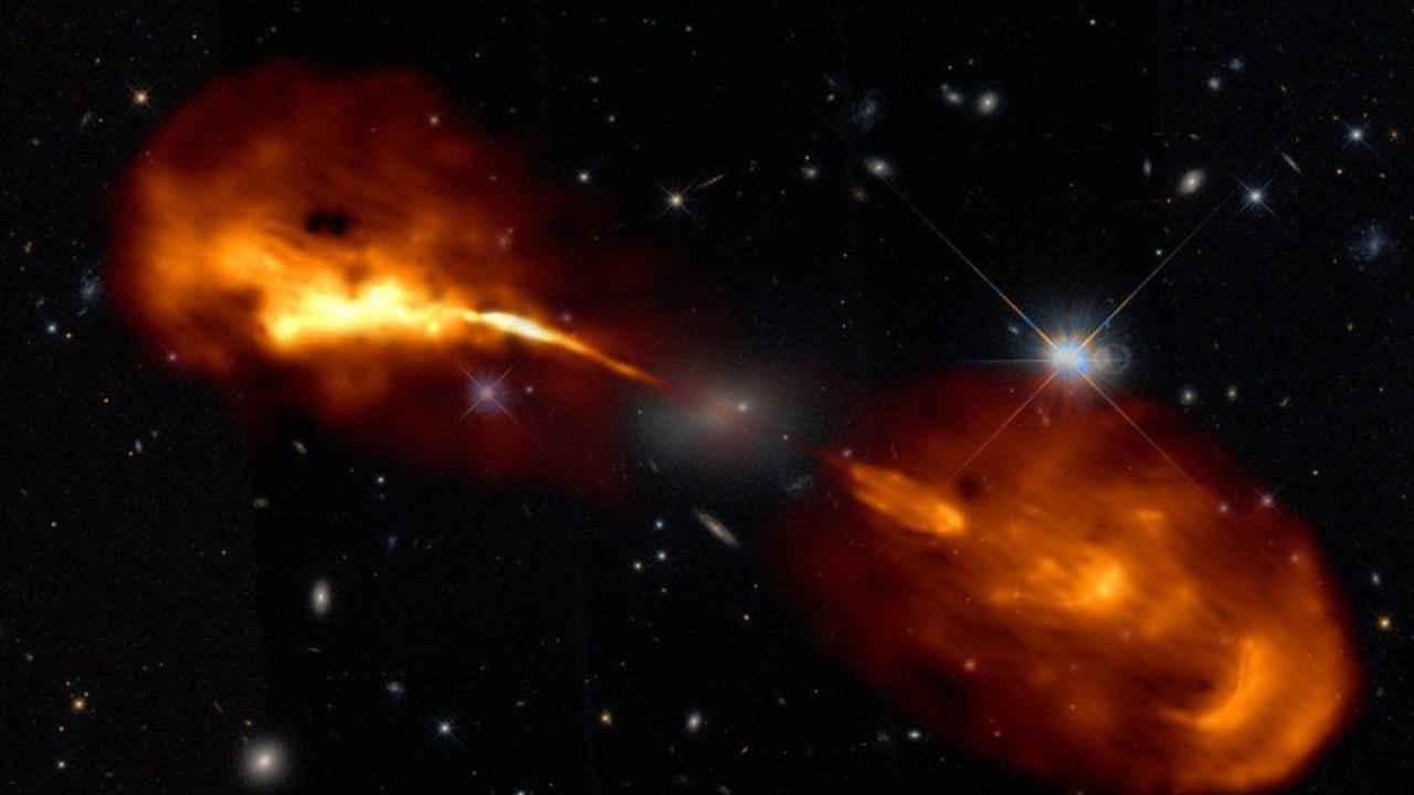 Galaksiler ilk kez bu kadar net görüntülendi