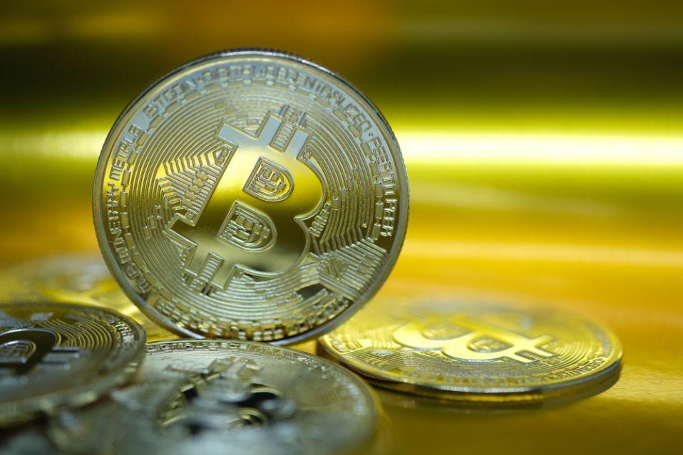 İsveç hükümeti, uyuşturucu satan mahkuma kazandığı Bitcoin'i iade edeceğini açıkladı.