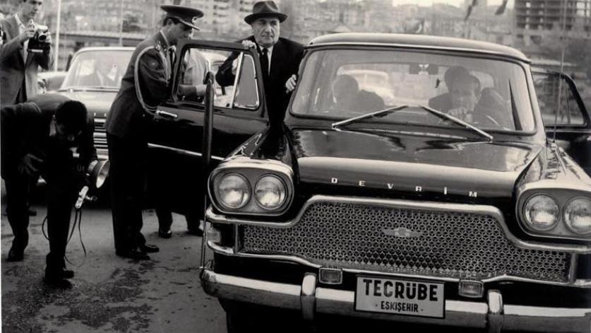 devrim arabaları