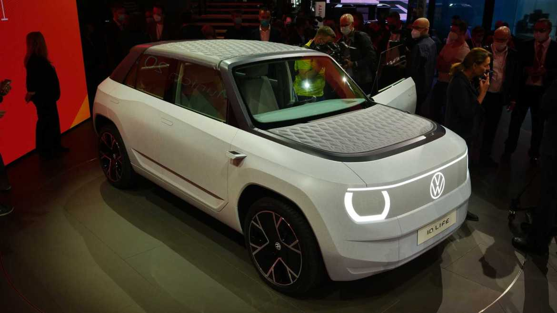 Volkswagen unveils concept portable electric car 4