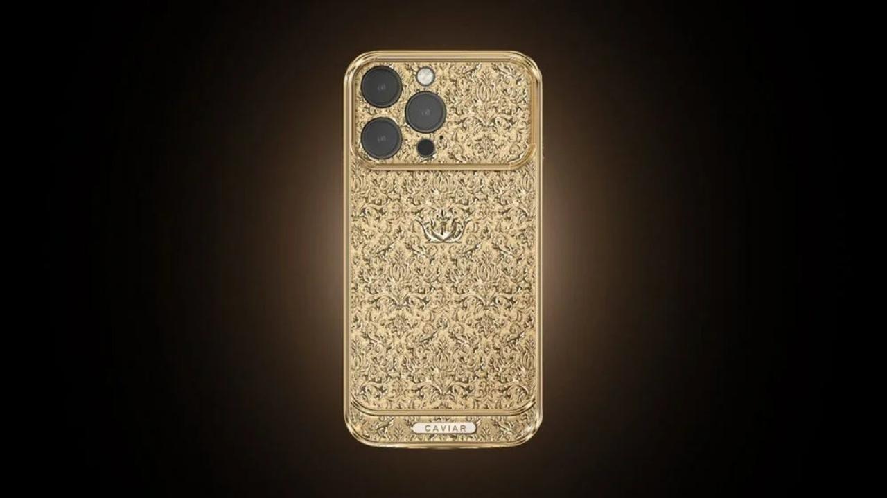 Tamamen altın iPhone 13 Pro Max