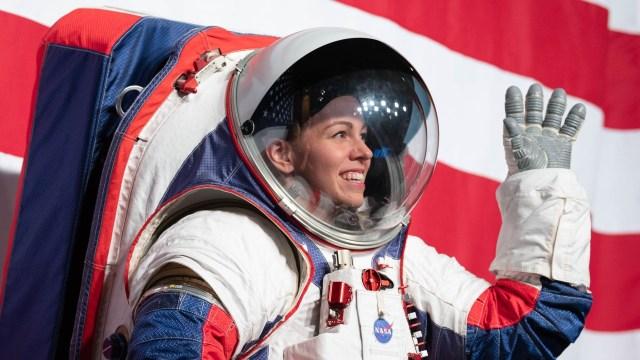 NASA astronot giysilerini test ediyor