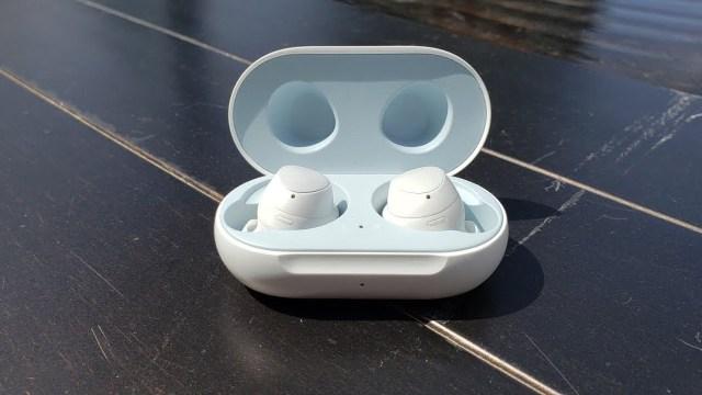Samsung'dan yeni patent: Su altında müzik deneyimi