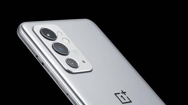 OnePlus 9 RT'nin render görüntüleri sızdırıldı