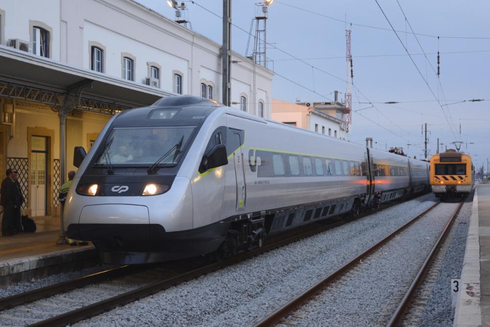 CP vai vender Lisboa-Porto a 5 euros