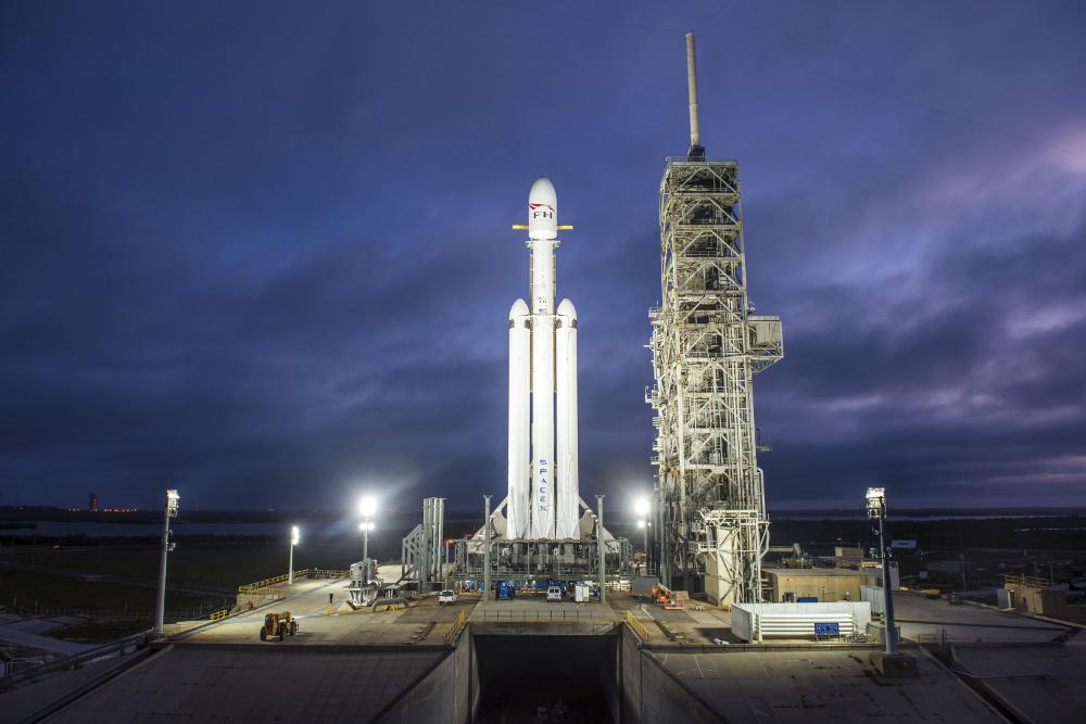 SpaceX lança Falcon 9 para missão secreta dos Estados Unidos