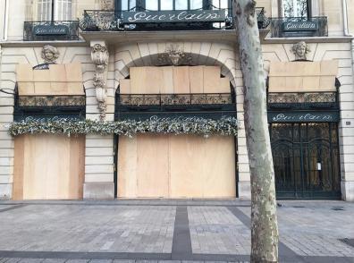 Montas Paris (Baptiste Cesar) 17