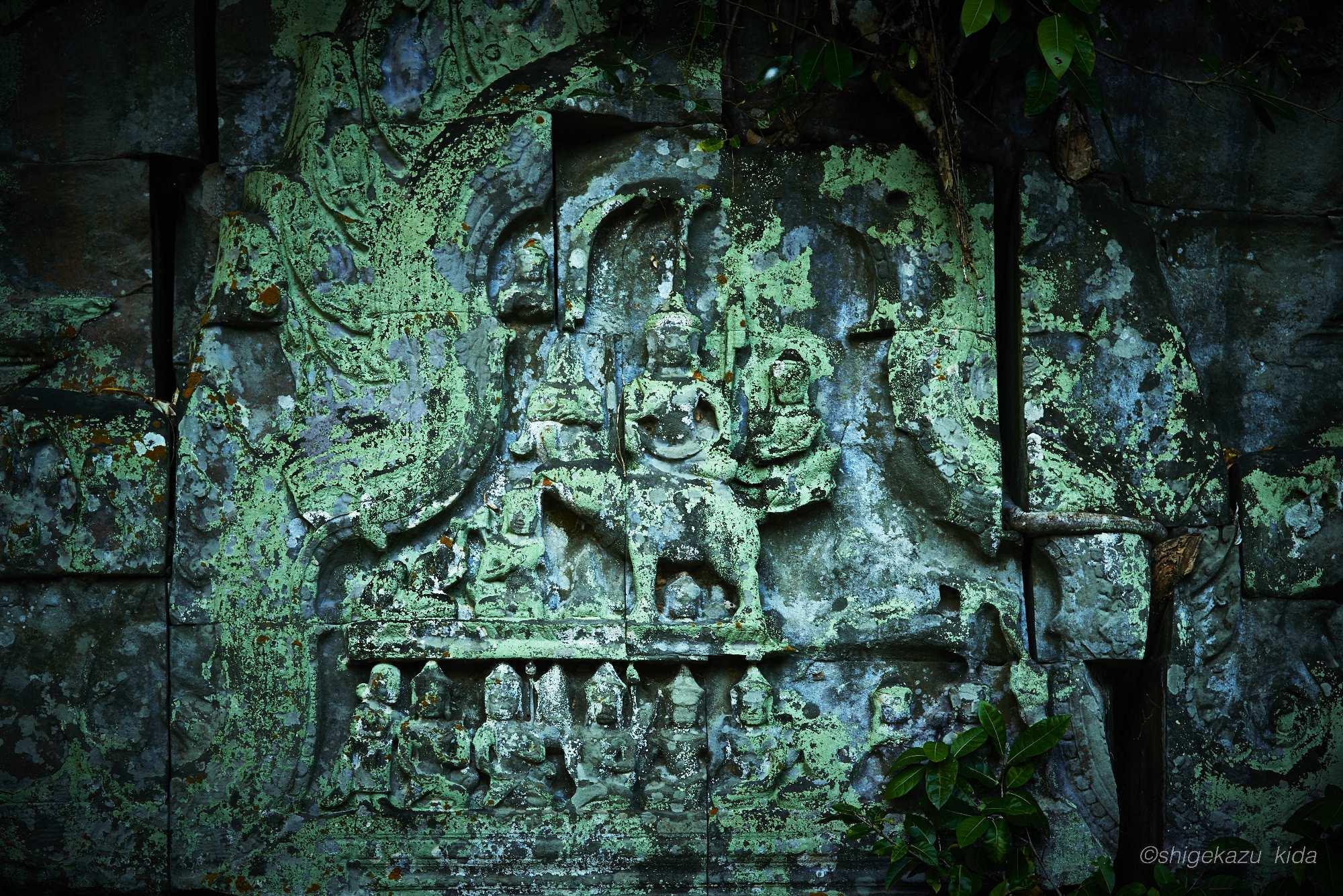 Angkor(アンコール)遺跡群にあるBengMealea(ベン・メリア)のインドラ神のレリーフ