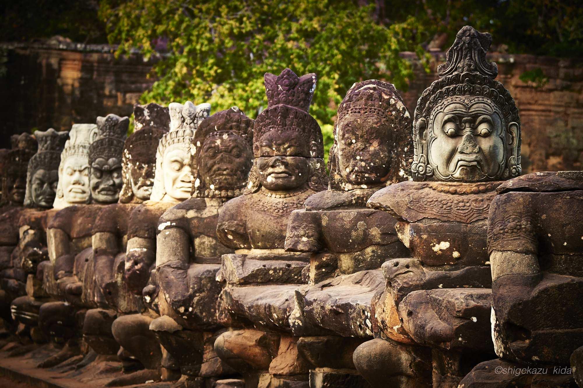 Angkor(アンコール)遺跡群にあるAngkorTohm(アンコール・トム)のSouthernGate(南大門)