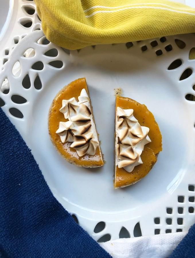 mango-spice-tart-sliced