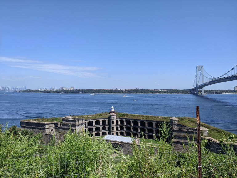 Fort Wadsworth Revolutionary War Sites in NYC