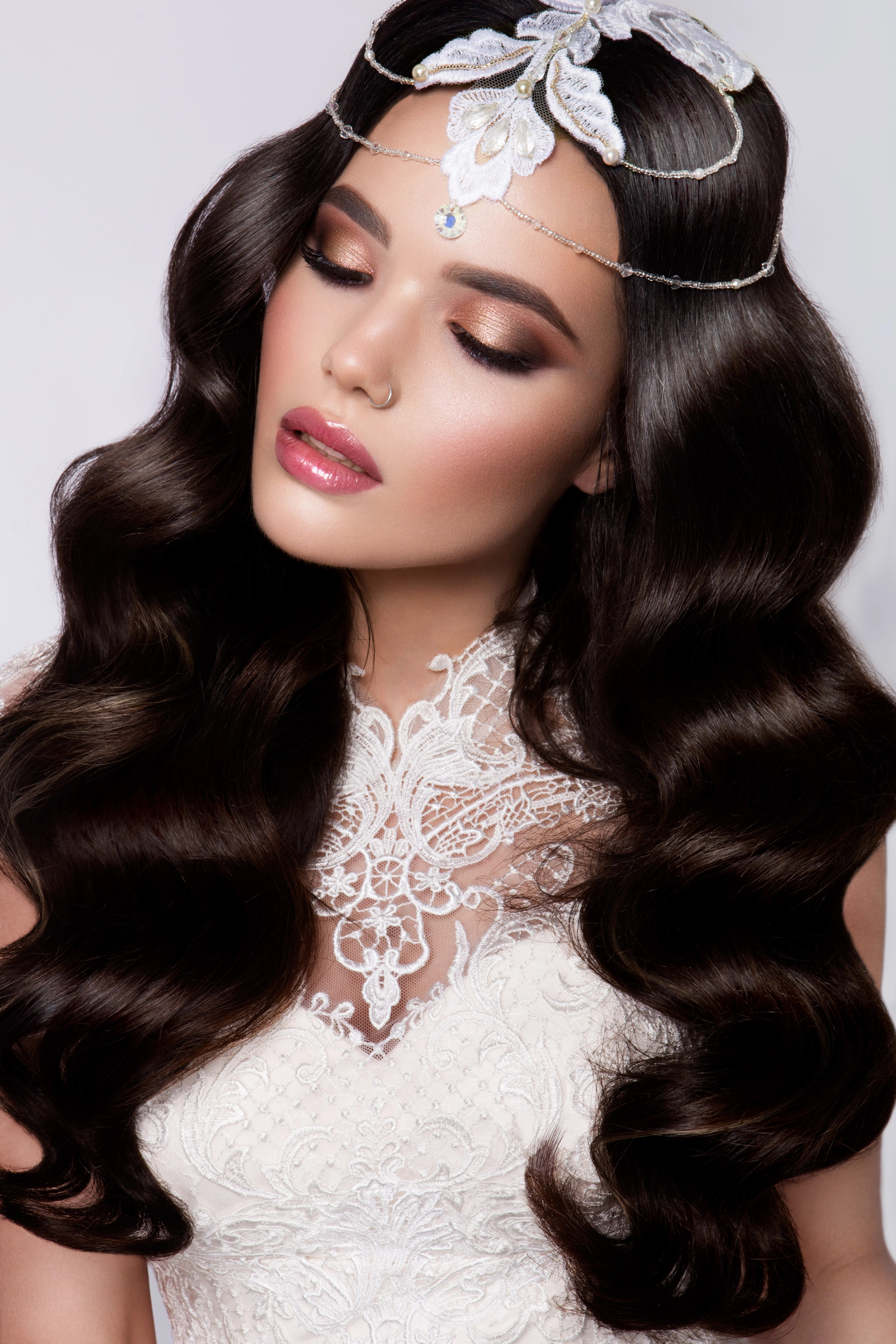 Latest Bridal Makeup And Hair To Try On Your Big Day