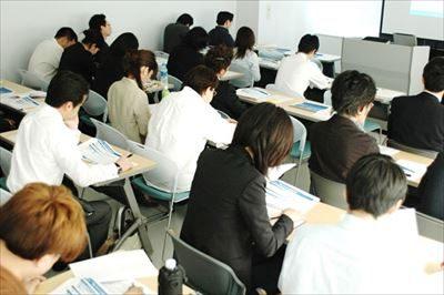 東京でビジネスプランセミナーをお探しなら【大人のためのBranding Produce】へ~費用の問い合わせはお気軽に~