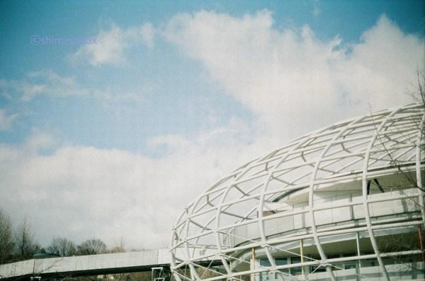 KodakSuperGold400×OM-1_おもしろい建物