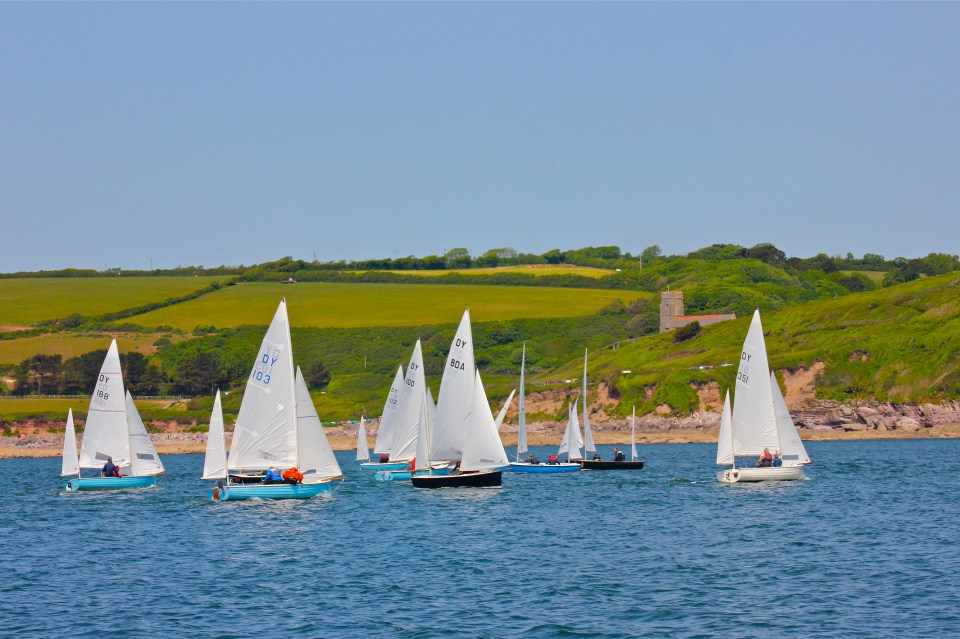 Sailing race in the Yealm, Devon